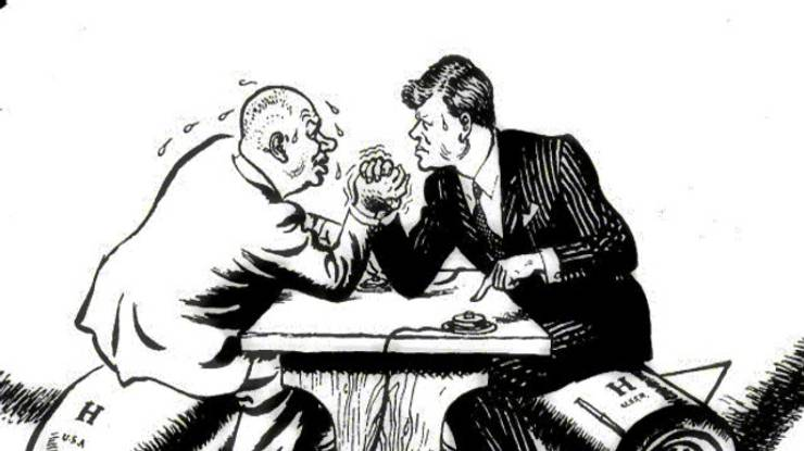 Chruščov a JFK si merajú sily_dobová karikatúra-zdroj wikimedia.org Zdroj: wikimedia.org