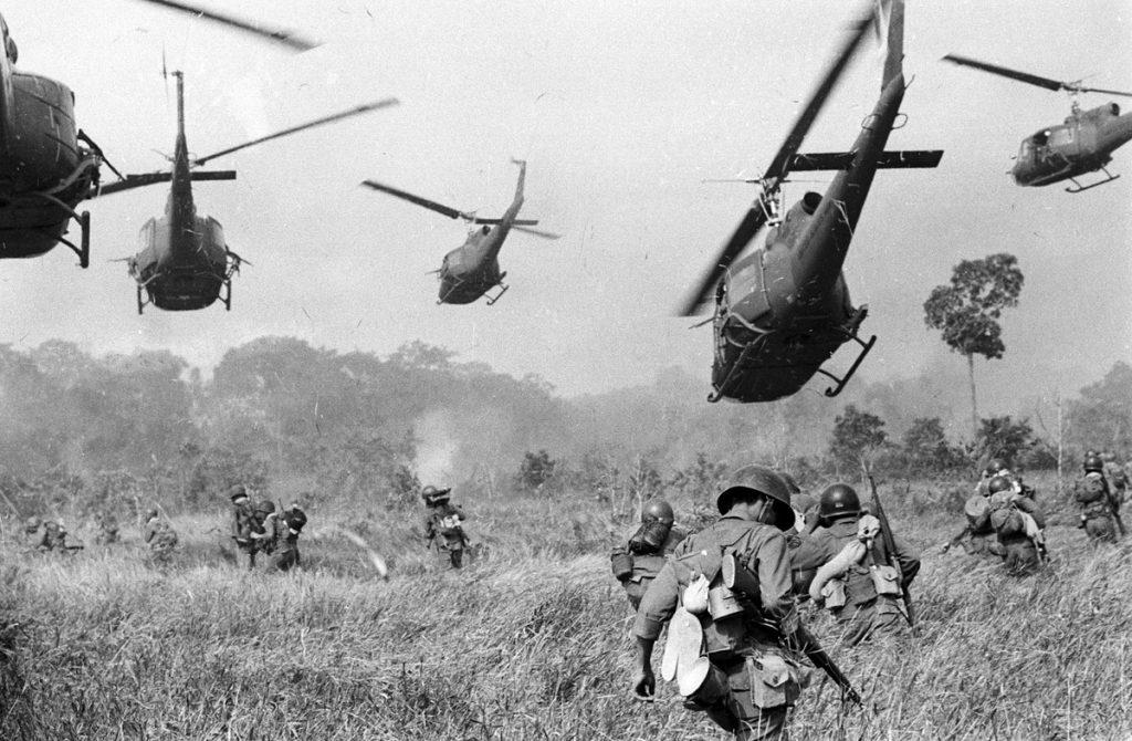 Vietnam 1965. Zdroj fotografie: Theatlantic.com