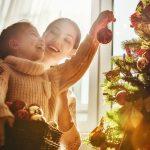 Prečo nosí darčeky Ježiško a prečo je strom na námestí